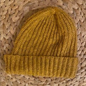 Old Navy Women's Knit Beanie - Mustard color